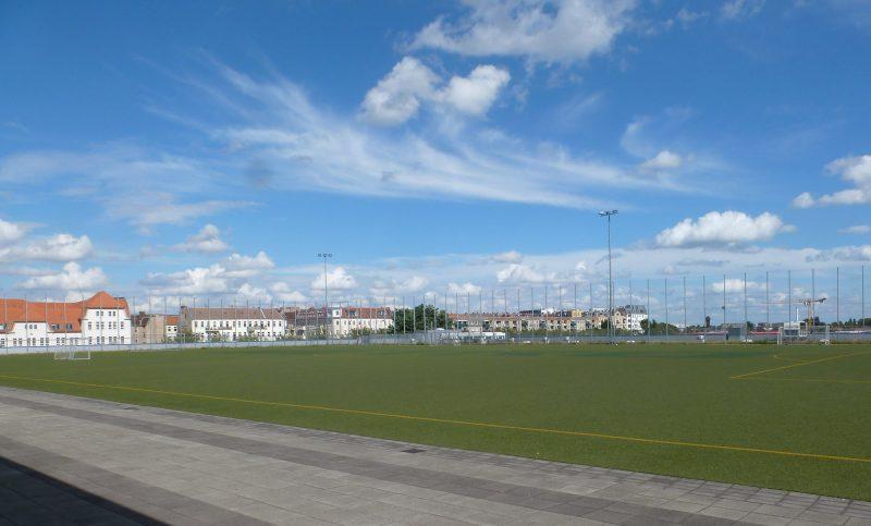 Sportplatz Metro
