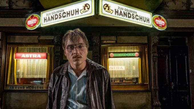 Der Goldene Handschuh | The Golden Glove © Gordon Timpen / 2018 bombero int./Warner Bros. Ent.