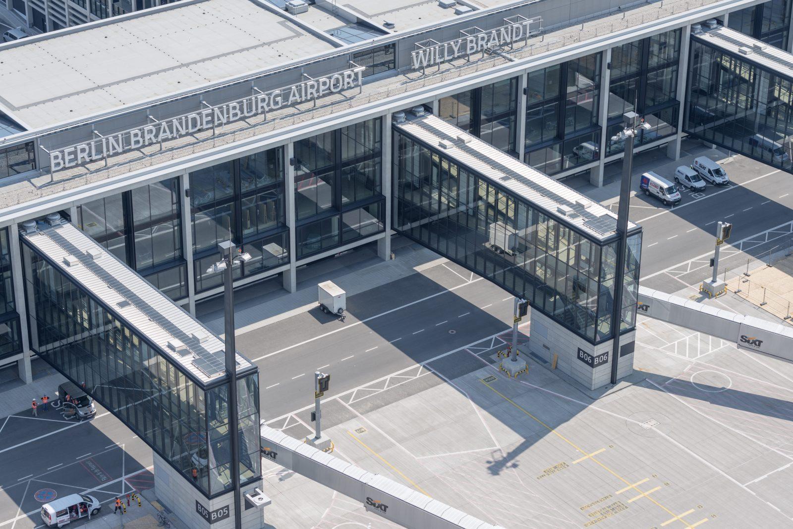 Image result for flughafen berlin