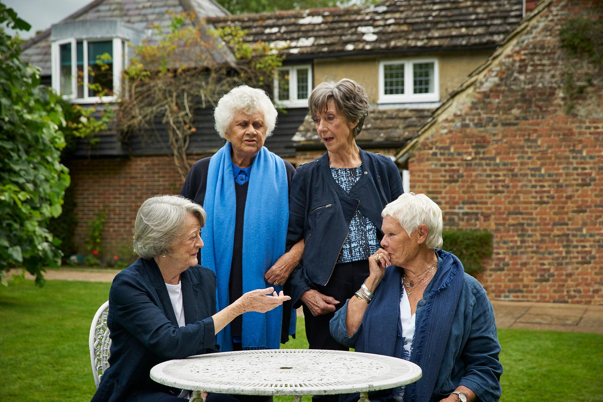 Tea With The Dames Kino