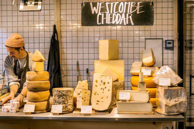 Markthalle Neun  Markthalle Neun Alte Milch Käse
