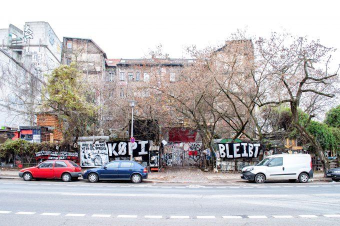 Köpi Köpenickerstrasse Wagenplatz besetzes haus punk