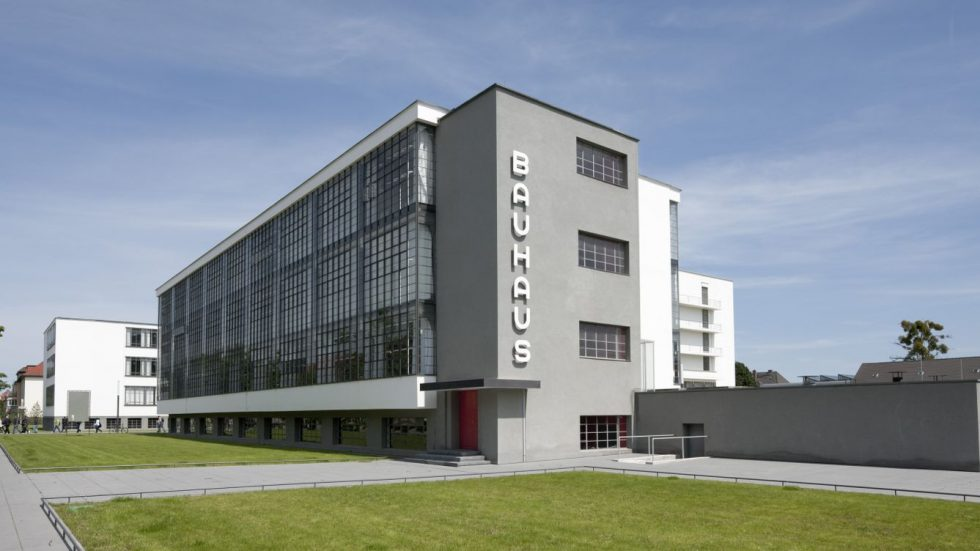 Nutzungsrechte liegen bei der Stiftung Bauhaus Dessau, bei Verwendung des Bildes muss der Fotograf jedoch informiert werden: urizun@nn.iij4u.or.jp | Foto: Tadashi Okochi