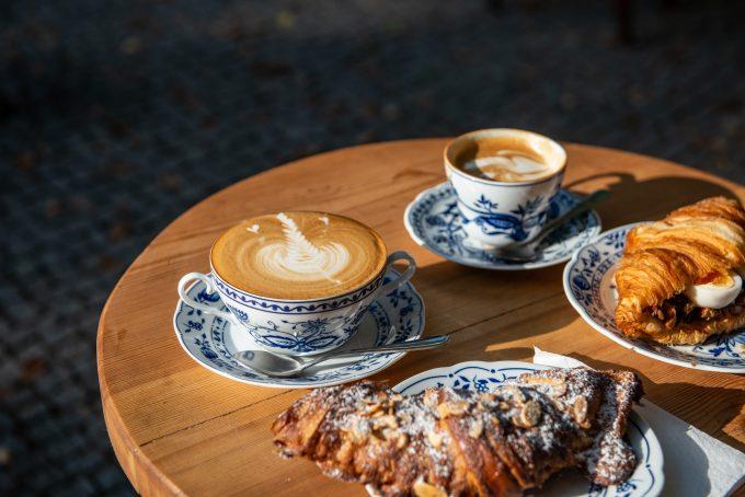 Cafe La Maison