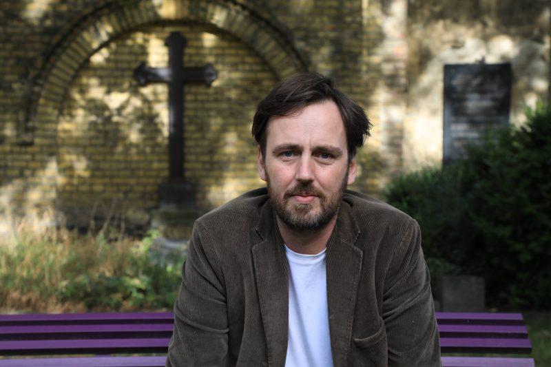 Corona und Bestattungen: Eric Wrede, Bestatter und Autor.