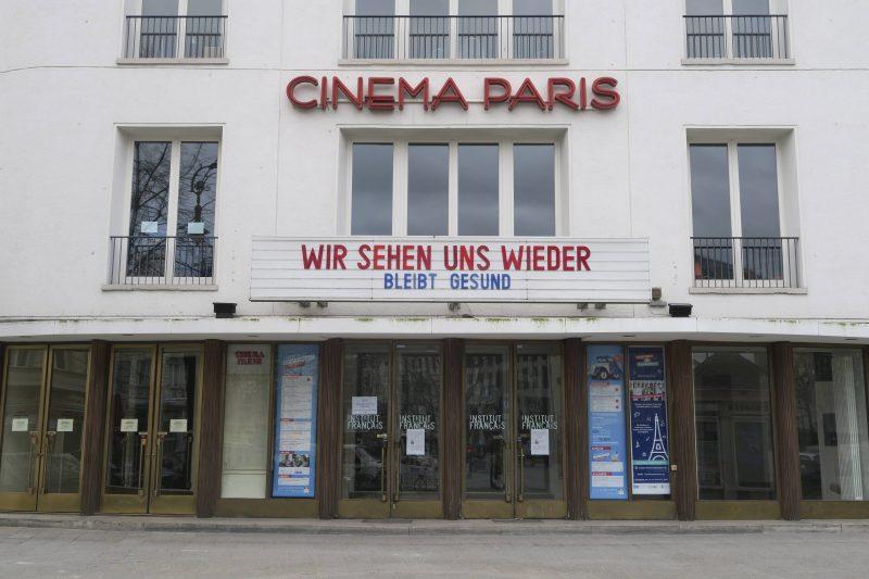 Kinos in der Krise: Cinema Paris in Berlin – viele Häuser leiden unter den Schließungen sehr.  Foto: Imago/Zensen
