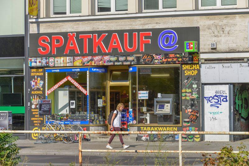 Daran müssen sich Zugezogene gewöhnen: Kiosk heißt hier Späti.