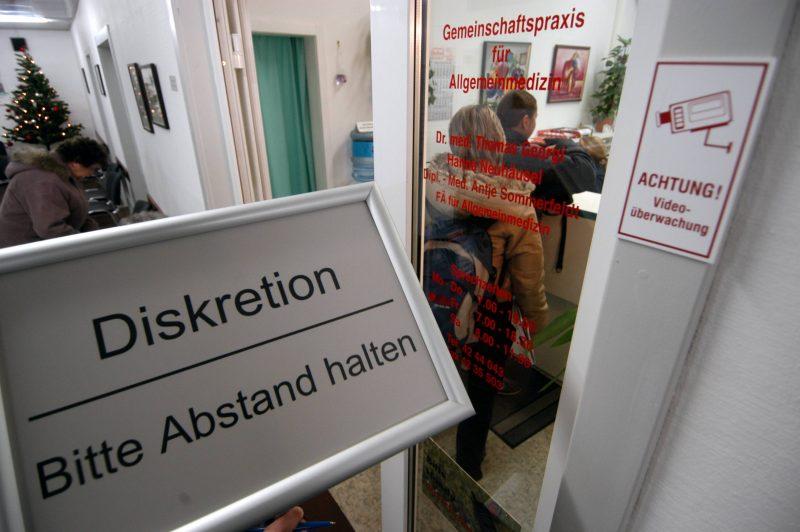 Berliner Ärzte und Kliniken benötigen dringend Nachschub an medizinischer Schutzausrüstung - insbesondere Atemschutzmasken.