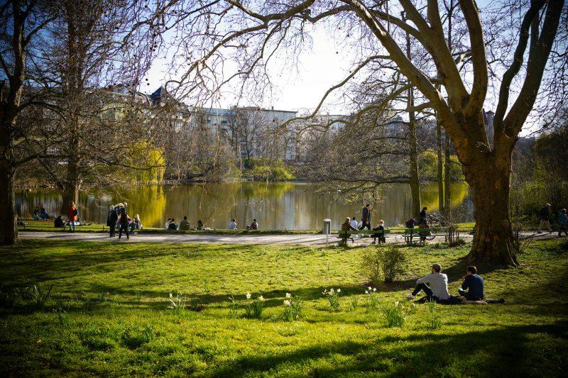 City West: Der Lietzenseepark gehört auf jeden Fall zu den schönstenLaufstrecken Berlins.