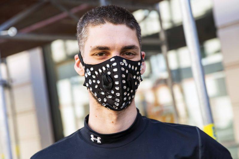 Mode und Mundschutz geht in Berlin zusammen.