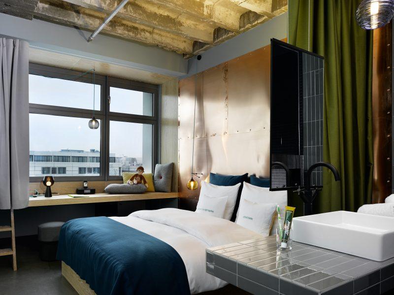 Die Zimmer des 25 hours hotels im Bikini Berlin sind alle innovativ und individuell eingerichtet.