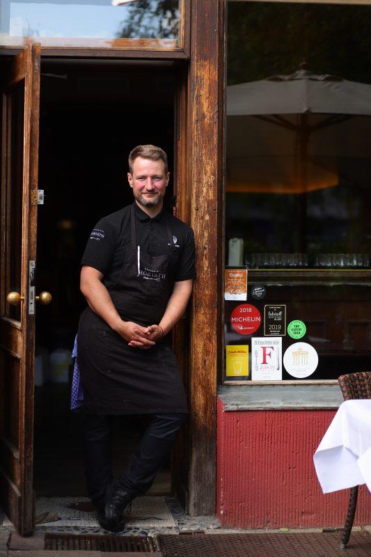 Auch Sebastian Frank vom Horváth öffnet die Türen seines Berliner Restaurants wieder.