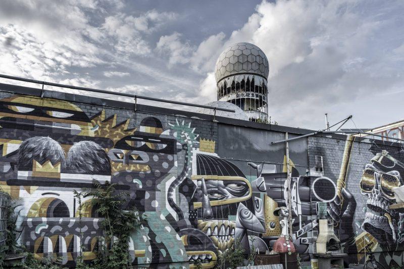 Graffitis, Street Art und Murals auf dem Teufelsberg.