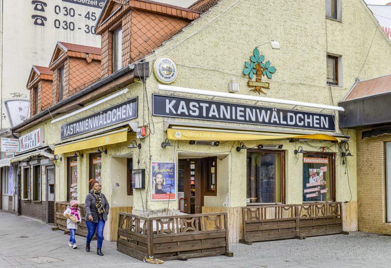 Im Kastanienwäldchen am Schäfersee steppt eigentlich der Bär. Durch Corona muss die Gaststätte geschlossen bleiben, so wie viele Berliner Kneipen. Und ein Ende ist nicht in Sicht. Foto: Imago/Schöning
