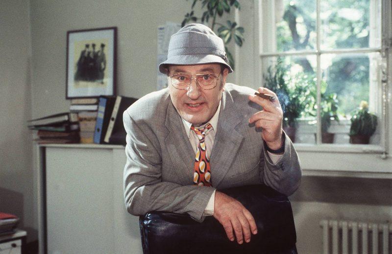 Berühmte Berliner: Manfrede Krug in seiner Paraderolle als Liebling Kreuzberg, um 1997.