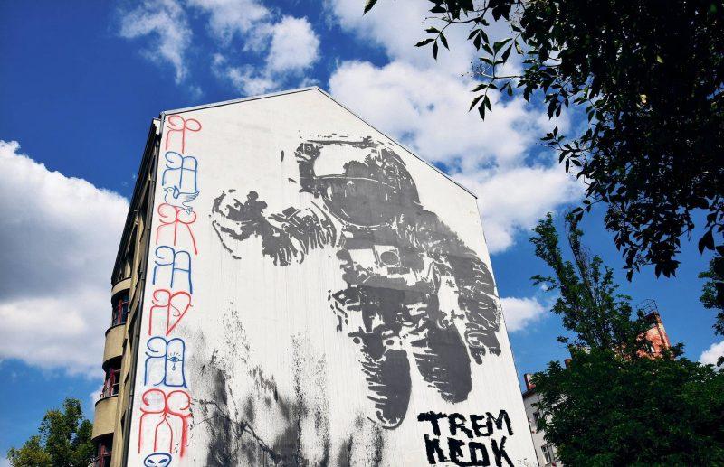 Der Astronaut des portugiesisch-französischen Streetart-Künstlers Victor Ash in der Oranienstraße 195 in Kreuzberg.