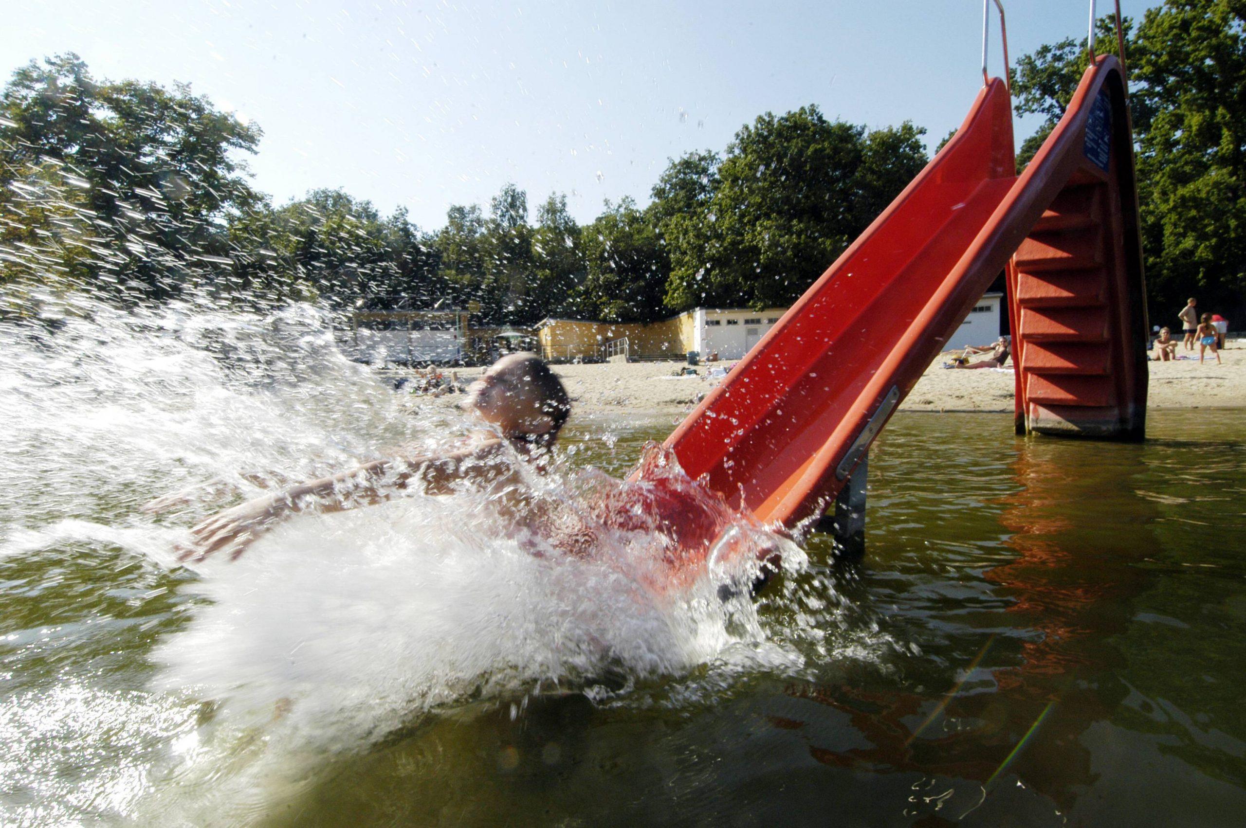 Jede Menge Spaß und Action finden Wasserratten am Jungfernheidesee.