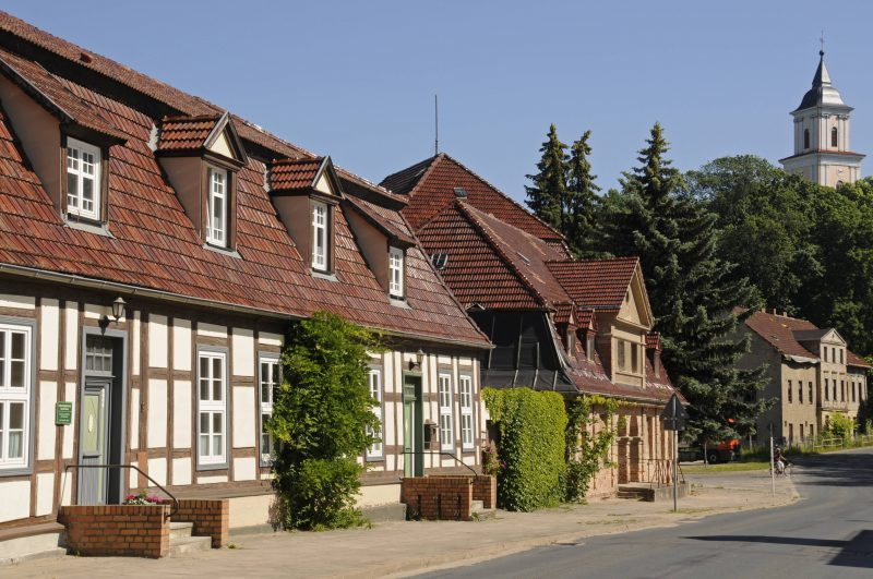 In Boitzenburg in der nördlichen Uckermark ist der grüne Baum immer eine gute Adresse um essen zu gehen. Foto: imago images/Hohlfeld