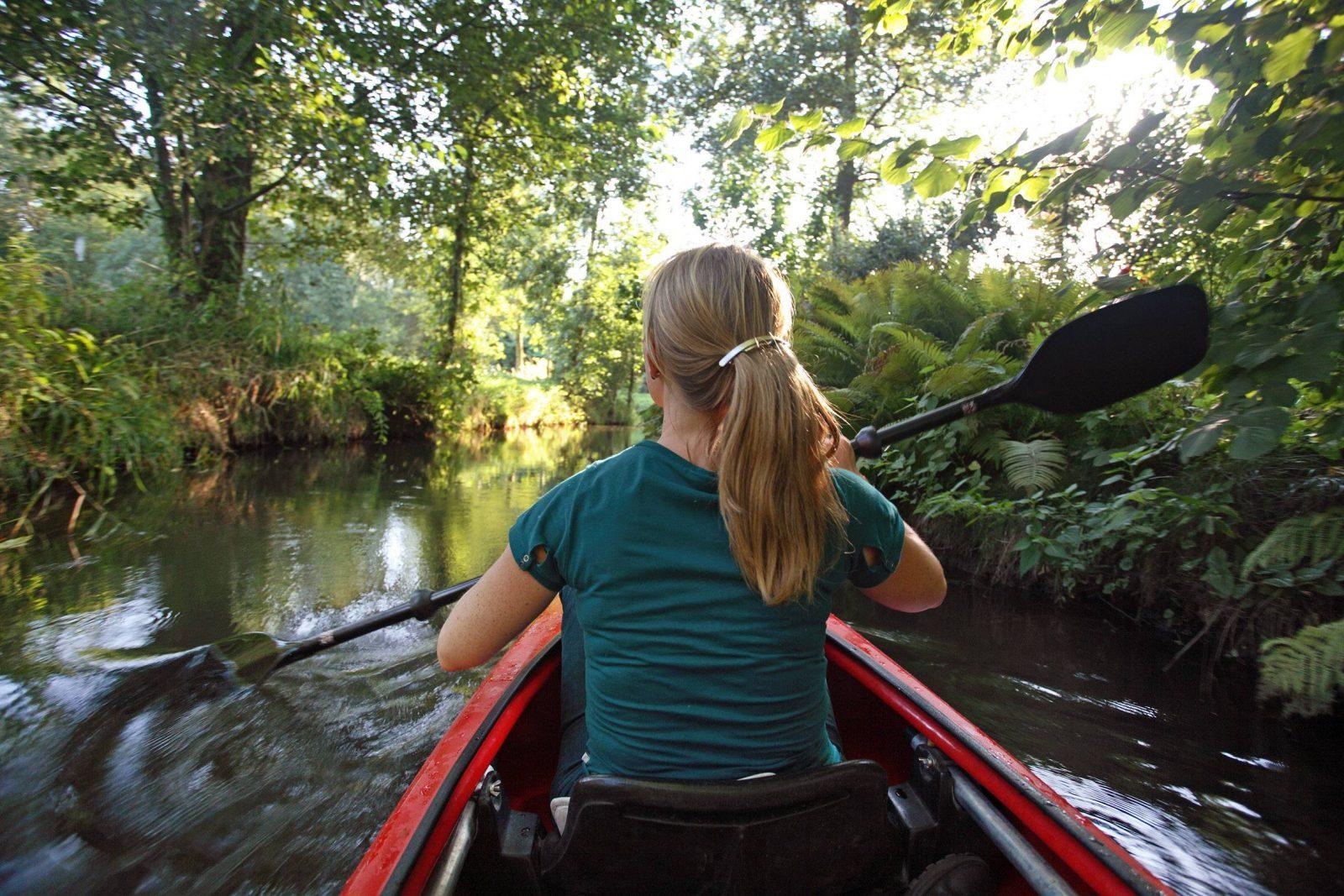 Ein Ausflug am Wochende in den Spreewald bringt Action und Entspannung. Foto: Imago Images/Sorge