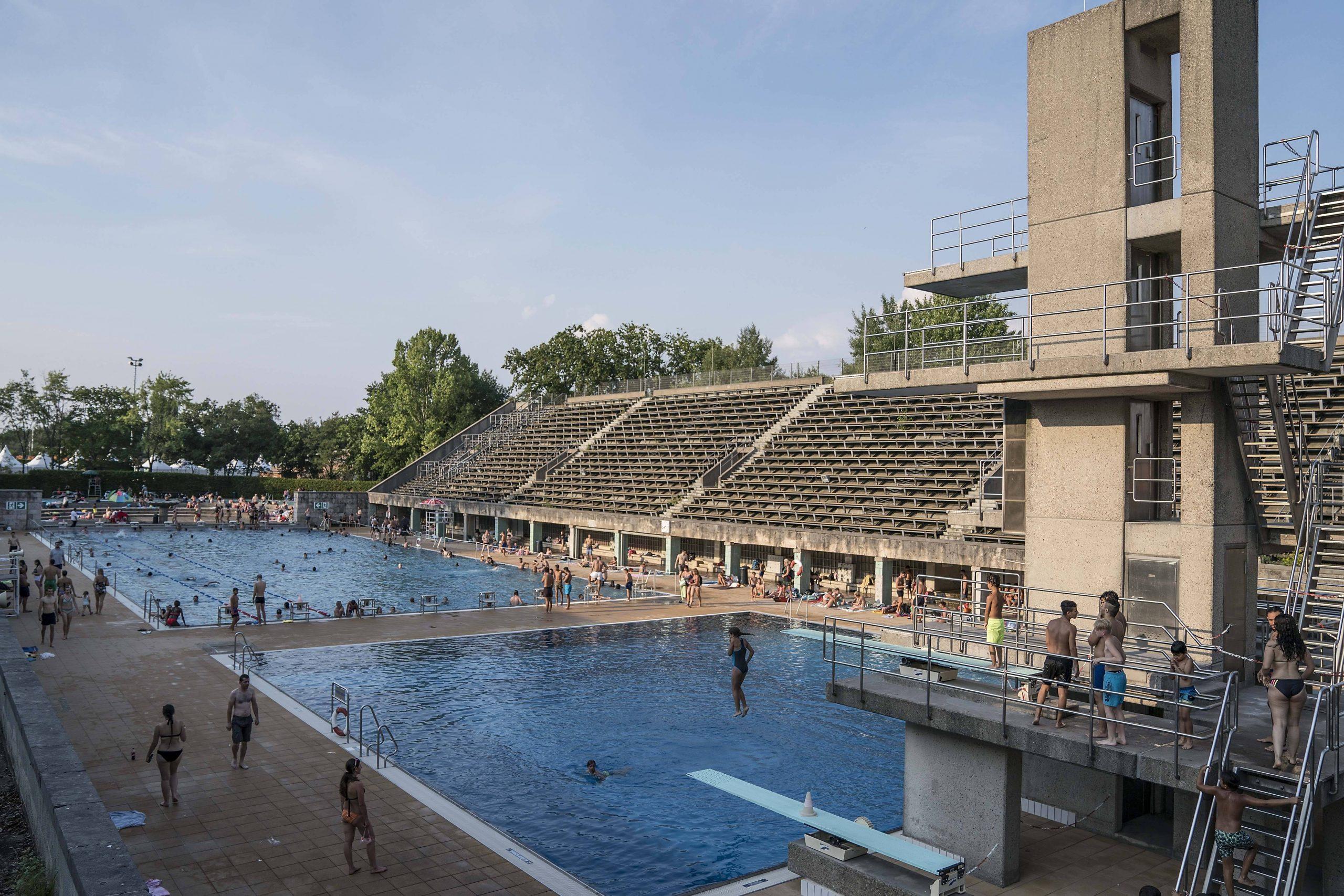 Das Sommerbad Olympiastadion: Eines der eindrücklichsten Freibäder in Berlin. Foto: Imago /Sven Simon