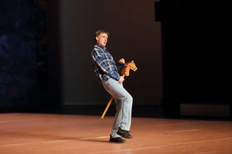 """Bastian Trost während der Fotoprobe für die Tanzperformance """"The West"""" an der Volksbühne Berlin. Foto: Imago/Martin Müller"""
