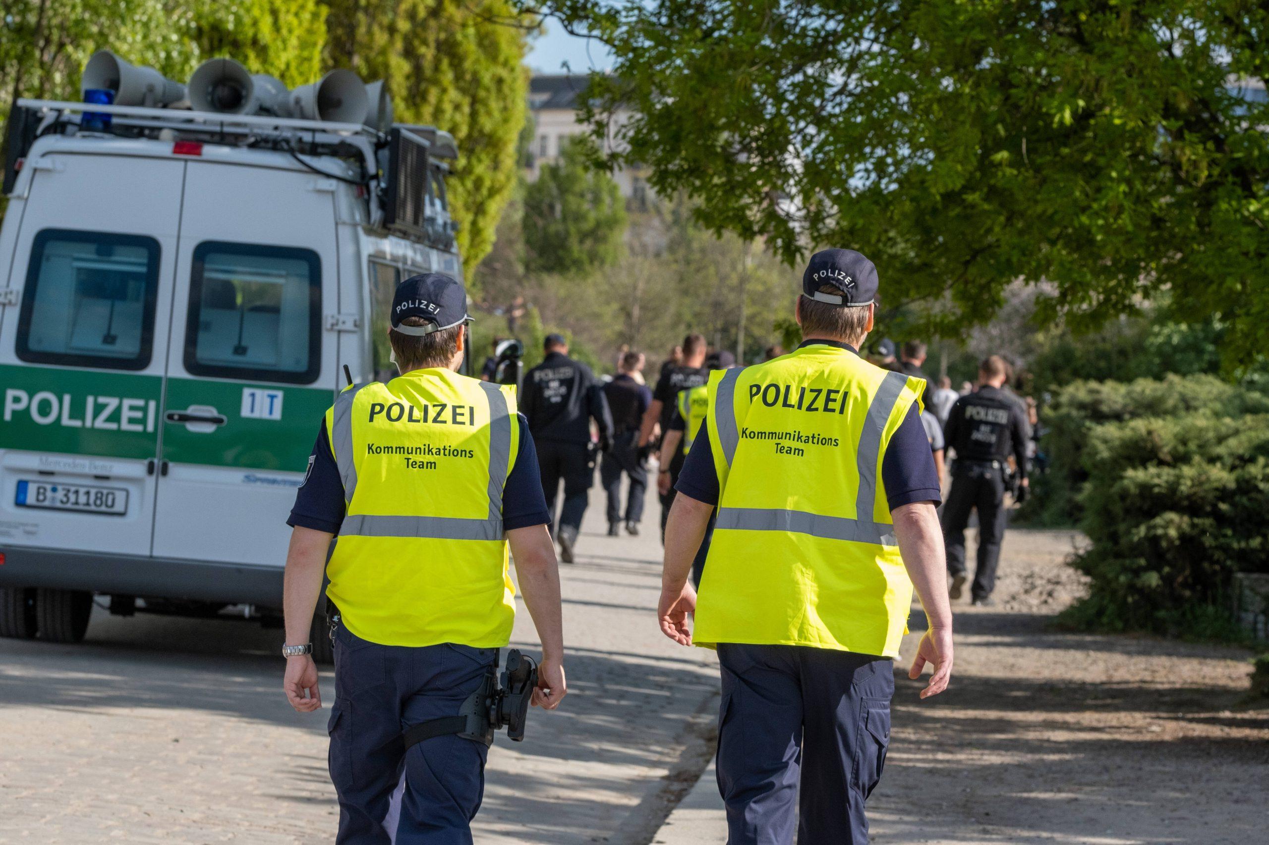 Taz Polizei Müll