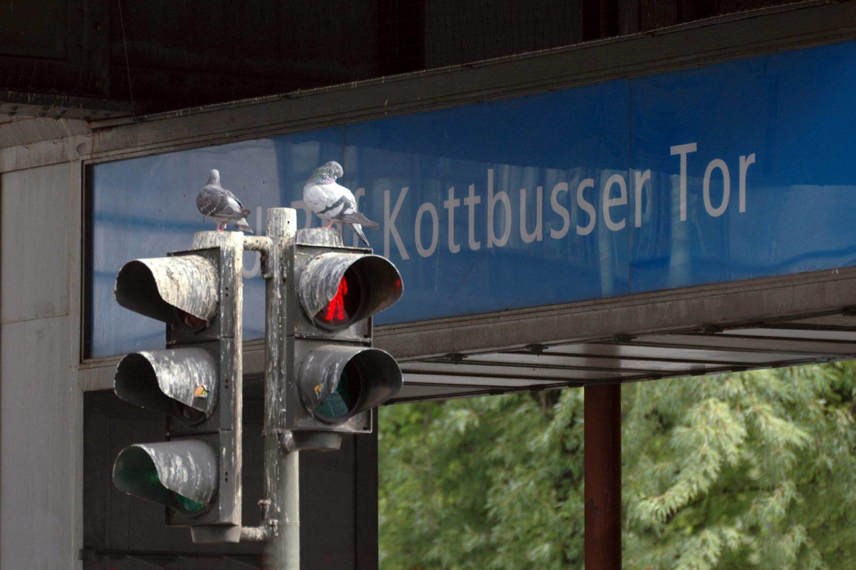 12 Dinge, die Berliner*innen an Touris so richtig nerven: Gemecker über Dreck