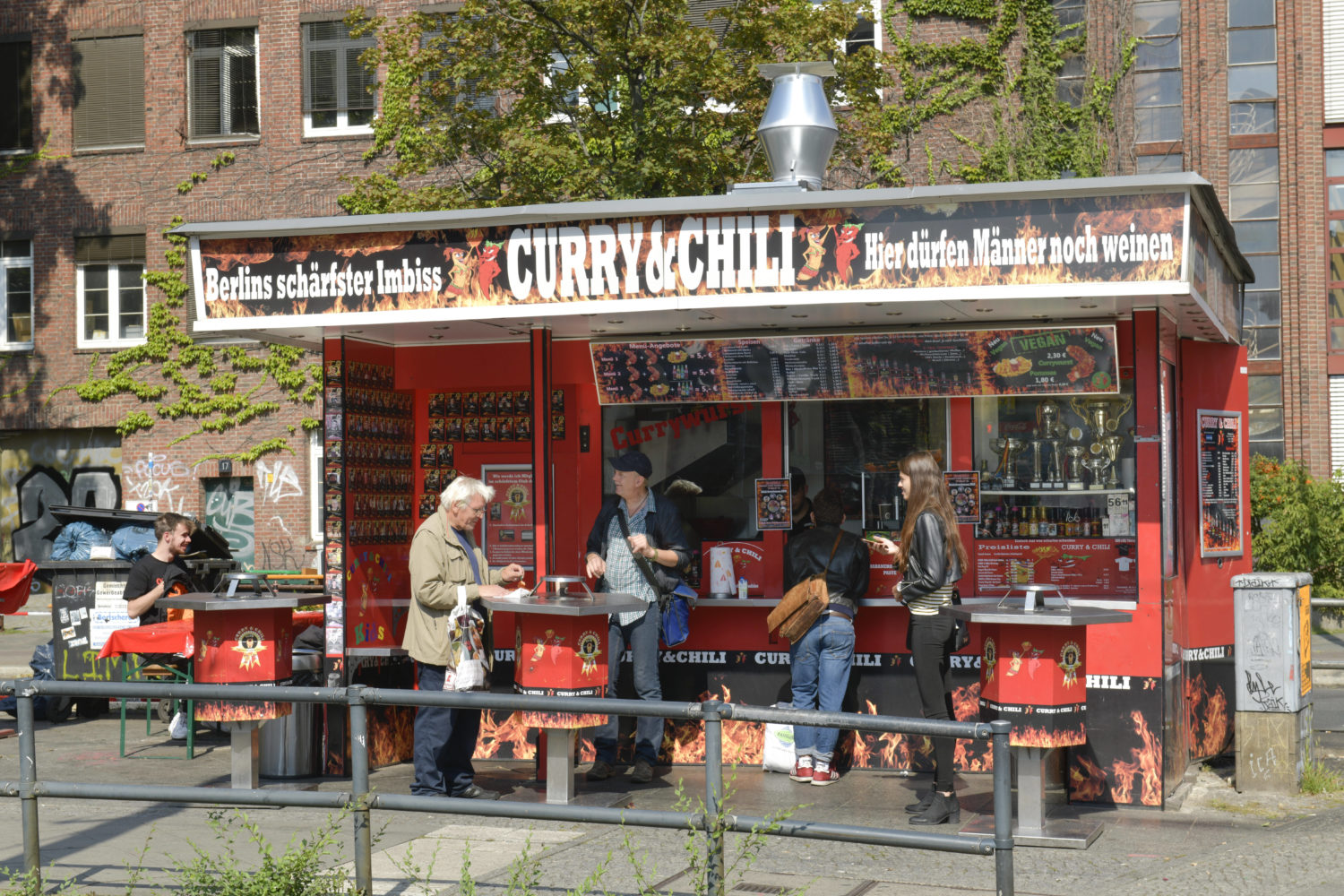 Currywurst in Berlin: Curry & Chili.