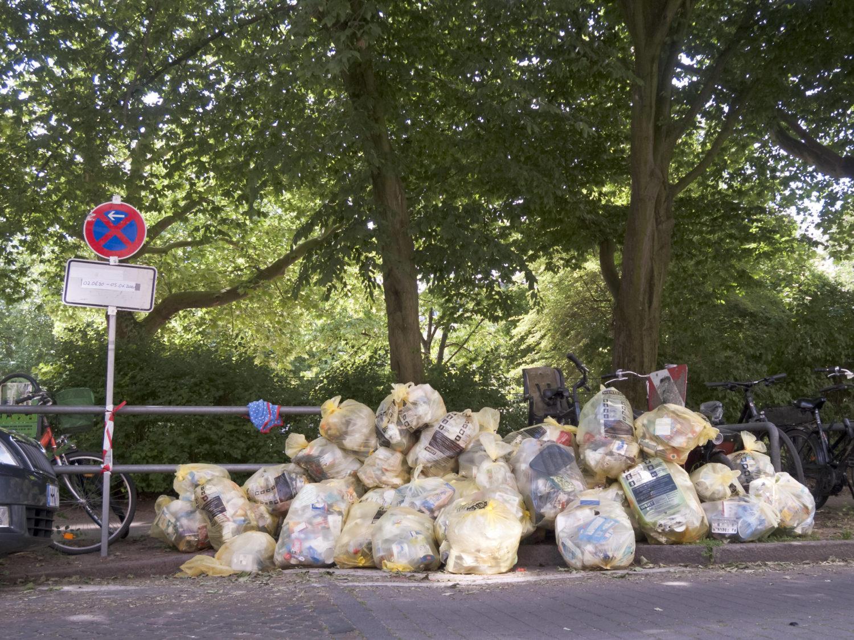 12 Dinge, die wir in der Corona-Krise verstanden haben: Wer nur zu Hause ist, merkt, wie viel Plastik er eigentlich Tag für Tag verbraucht.