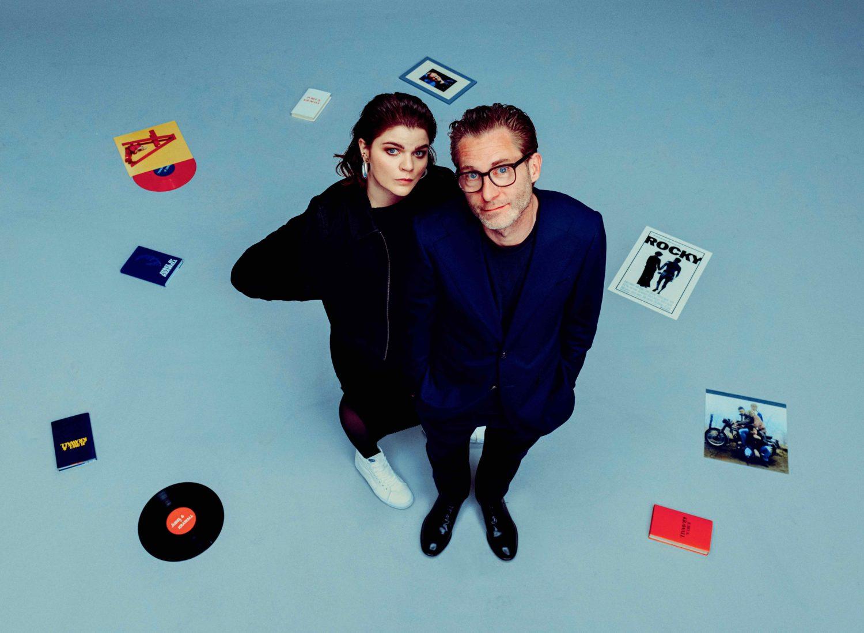 """Im neuen Podcast """"Jubel & Krawall"""" sprechen Sophie Passmann und Matthias Kalle über Popkultur – mit uns über Proust undPocher. Foto: Jonas Holthaus Photography"""