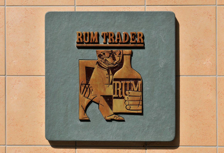 Gediegen Trinken könnt ihr im Rum Trader in Wilmersdorf. Foto: imago images/Schöning