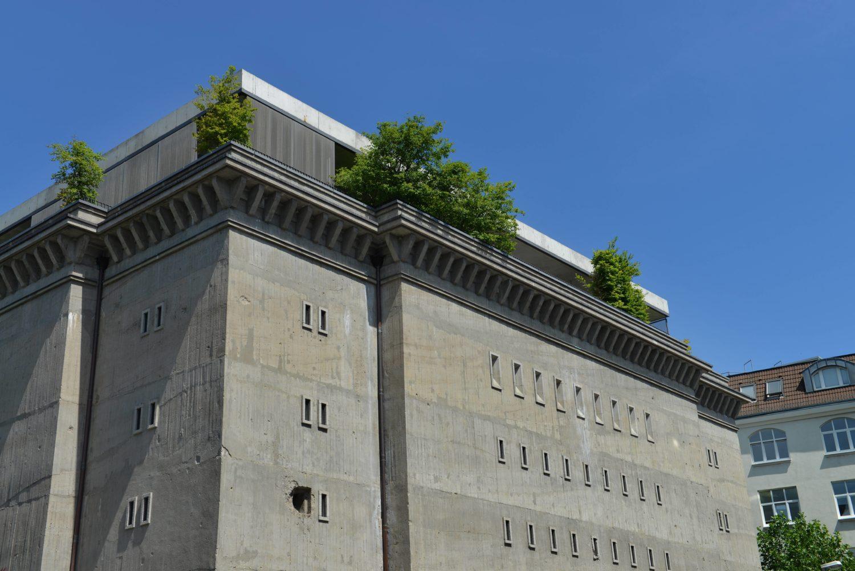 Der Bunker an der Reinhardtstraße, in der die Boros-Sammlung zu sehen ist. Die Foundation arbeitet nun für eine Ausstellung mit dem Berghain zusammen. Foto: Imago Images/Schöning