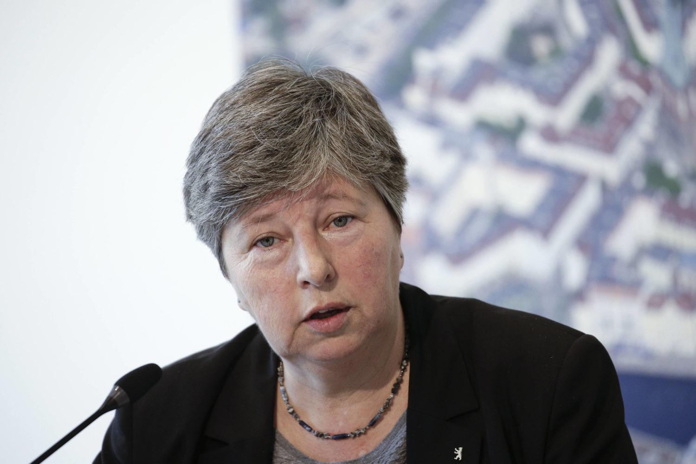 Hinterlässt jede Menge Baustellen: die zurückgetretene Senatorin Katrin Lompscher, hier bei einer Pressekonferenz Ende Januar. Foto: imago images / Reiner Zensen