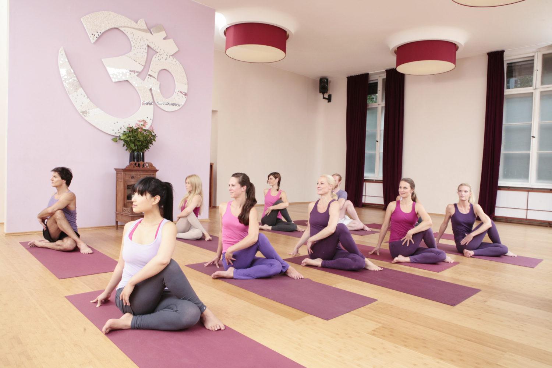 Der Kursraum von Spirit Yoga in der Charlottenburger Goethestraße.