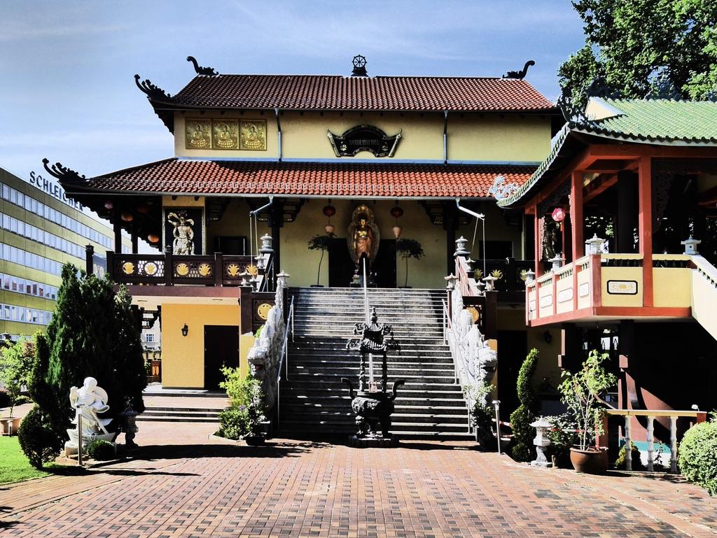buddhismus kennenlernen berlin