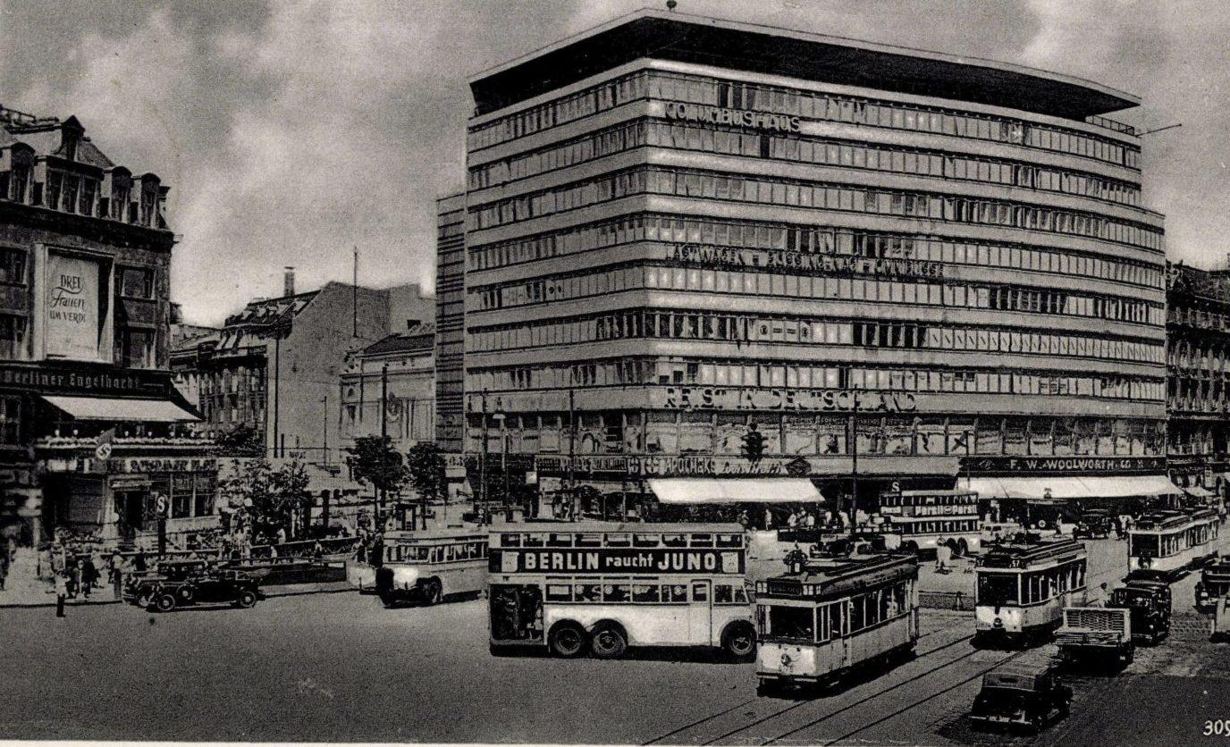 Potsdamer Platz, Columbushaus, um 1935. Foto: Imago/Arkivi