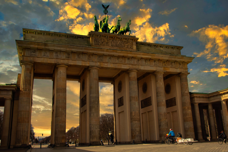 Berliner Sehenswürdigkeiten stoßen bei den ein oder anderen Besucher*innen auf schlechte Erfahrungen. Foto: Imago/Chromorange