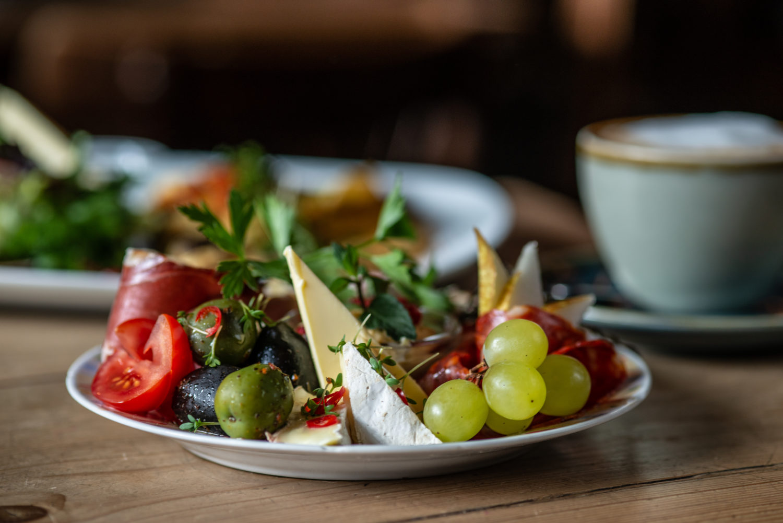 Frühstück im Bateau Ivre. Foto: F. Anthea Schaap