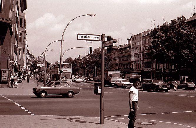 Das Herz von Kreuzberg 61, Mehringdamm Ecke Kreuzbergstraße um 1981. Foto: Willy Pragher/Landesarchiv Baden-Württemberg/CC BY 3.0 DE