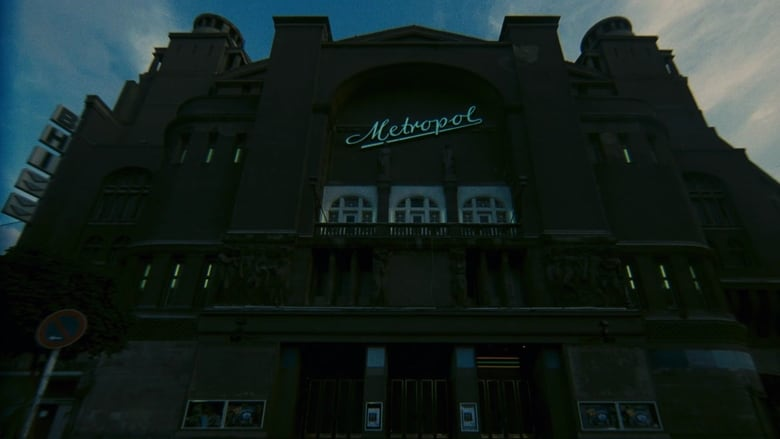 """Das Metropol war in den 1980er-Jahren ein Ort des Schreckens, zumindest in dem italienischem Horrorfilm """"Dämonen 2"""". Foto: Dämonen 2"""