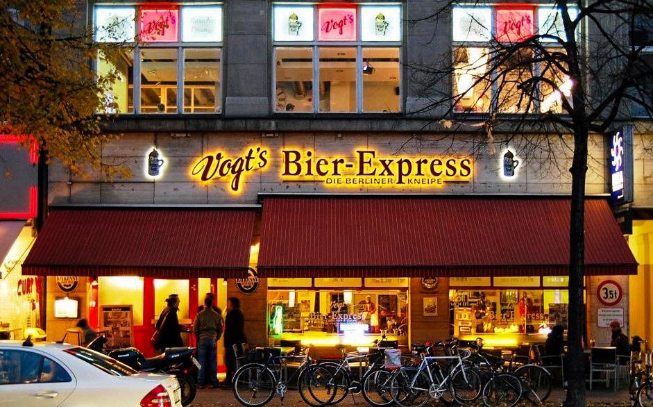 Kneipe Berlin Ausgelassenes Publikum und prominente Lage: Vogts Bierexpress ist ein wahrer Hotspot unter den Berliner Kneipen.