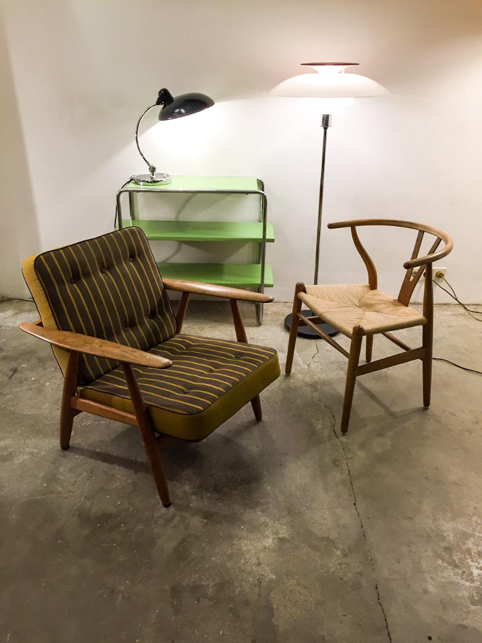 Vintage Möbel Berlin In der Suarezstraße verkauft Steffen Adrian besondere Designstücke des Jugenstils, der Moderne und der 60er und 70er-Jahre.