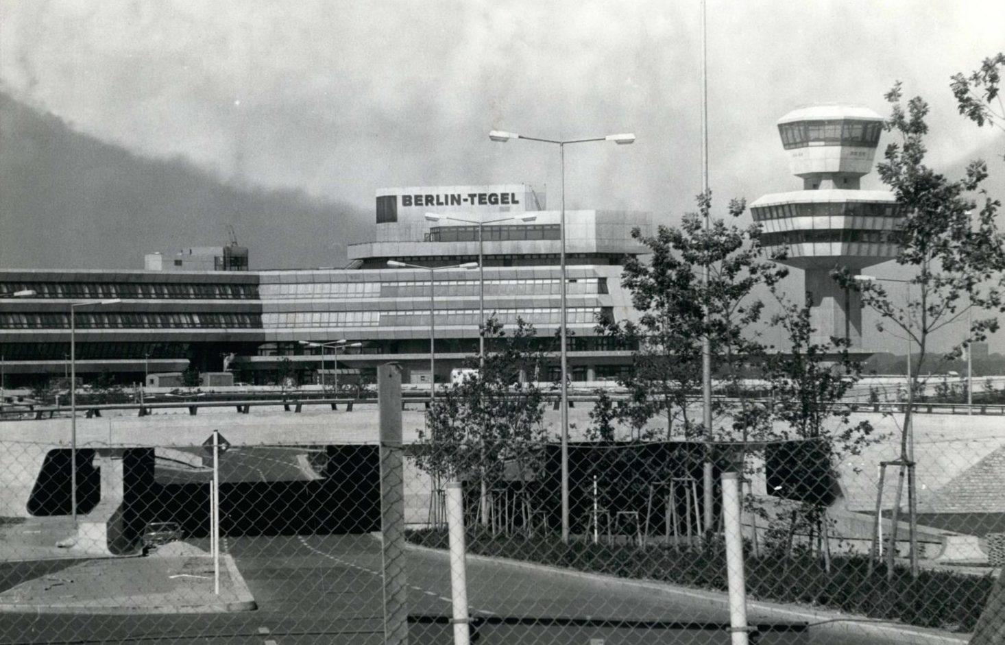Der Flughafen Tegel kurz nach der Eröffnung im Oktober 1974. Foto: Imago/ZUMA/Keystone