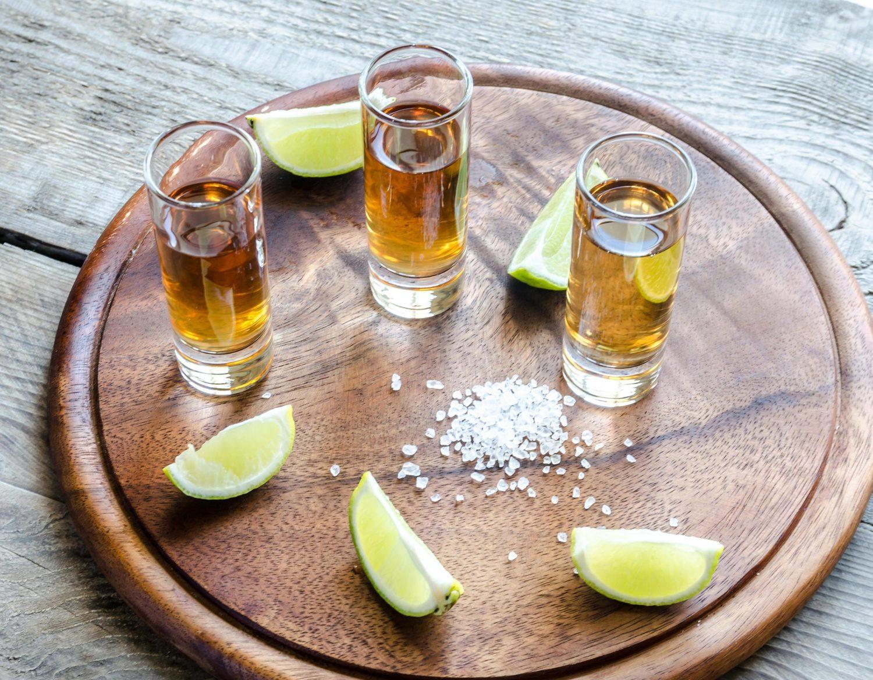 Eigentlich wollten wir mit dem Tequila unsere Freiheit feiern. Wir schwenkten um zum Frust-Saufen. Foto: imago images/Panthermedia