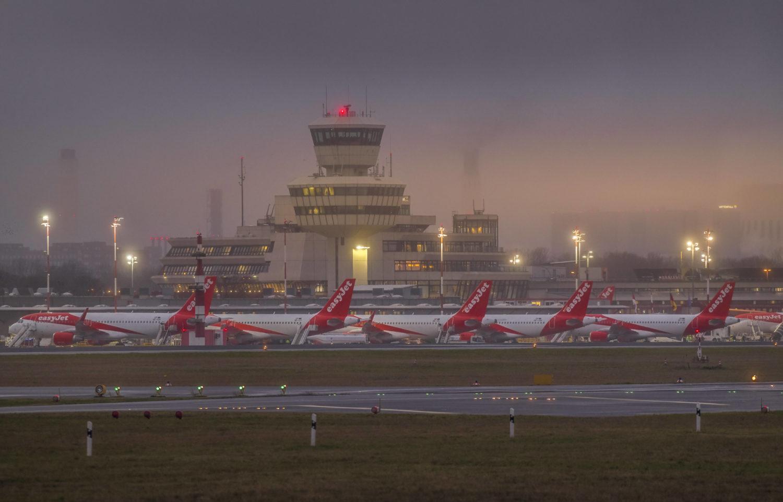 Schon 2012 sollte die Geschichte des Flughafens Tegel enden, doch dann kam der BER nicht. Foto: Imago Images/Schöning