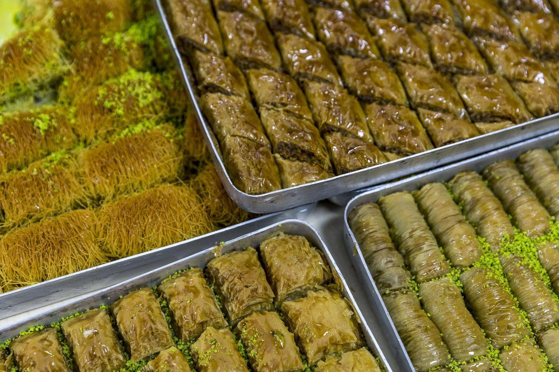 Süß, süßer, Baklava. Türkische Spezialitäten im Herzen von Kreuzberg. Foto: Imago/Pro Shots