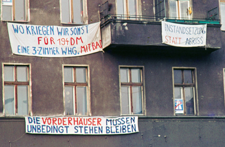 Kreuzberg in den 1980er-Jahren: Kreuzberg um 1980 – Mieterproteste für bezahlbaren Wohnraum. Foto: Imago/Serienlicht