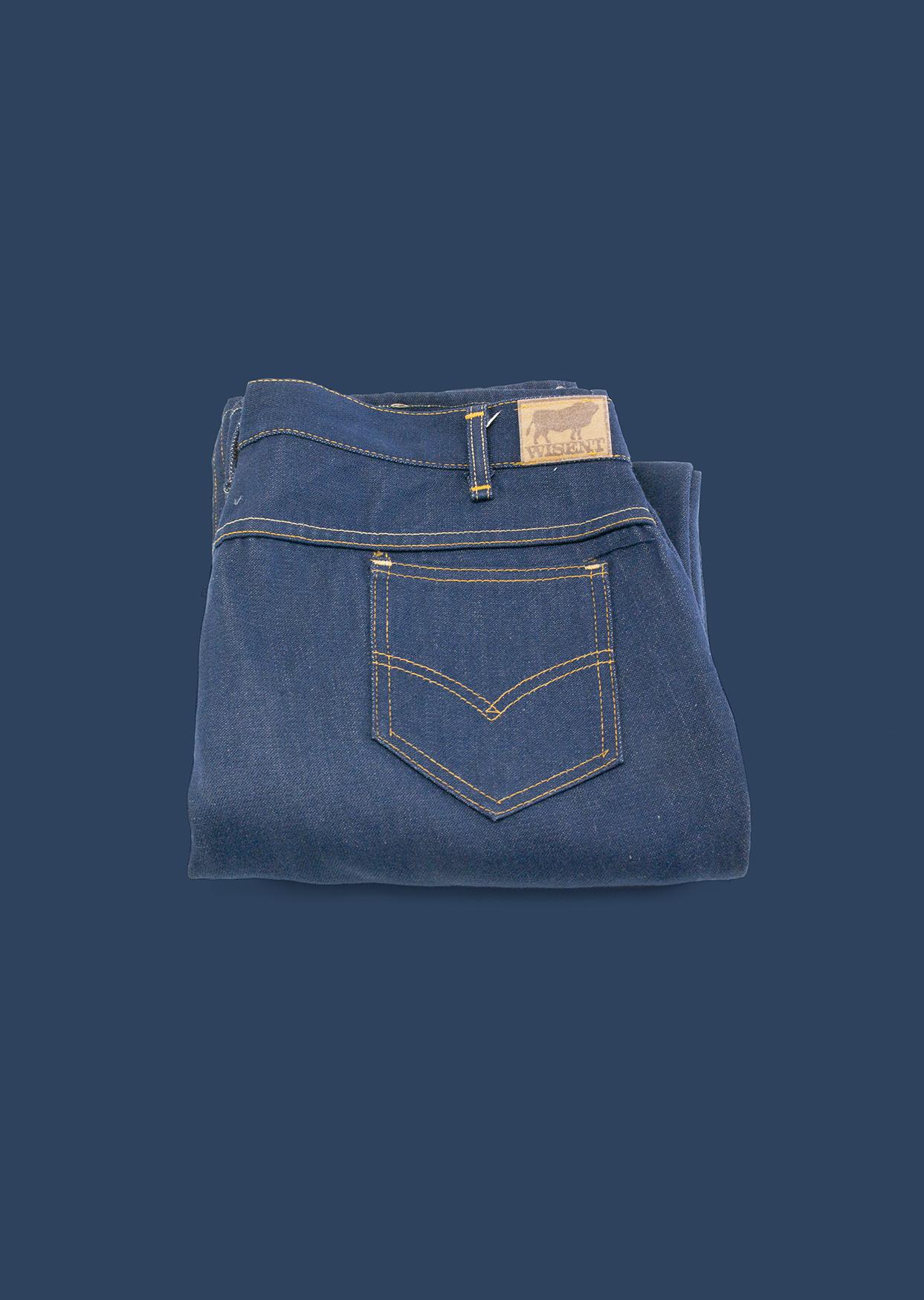 Ziemlich unbeliebt: Jeans aus DDR-Produktion. Foto: DDR Museum, Berlin 2020