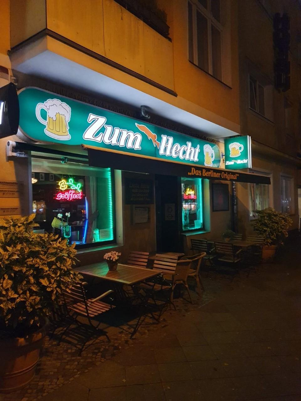 Kneipe Berlin In der Kneipe Zum Hecht in Charlottenburg herrscht noch authentisch-urige Gemütlichkeit.