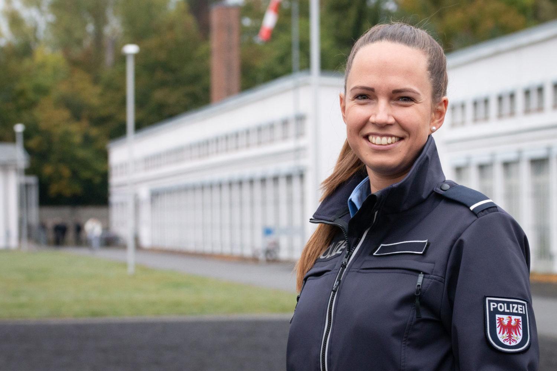 """Anna S. studiert an der Hochschule Brandenburg. Sie sagt, sie wolle """"für Gerechtigkeit sorgen"""". Foto: Sandra Pieper"""
